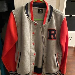 Varsity jacket R with removable hood pink gray